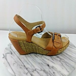 Naya Mcloud Womens Sz 6 Light Brown Sandals